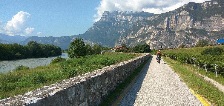 idyllischer Radweg